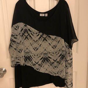 Asymmetrical overlay Black and White Blouse 26/28
